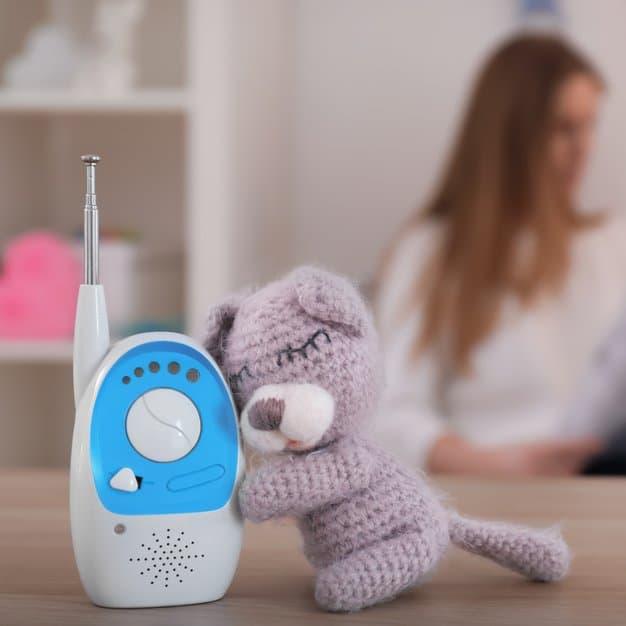 Babyphone avec une petite peluche pour bébé
