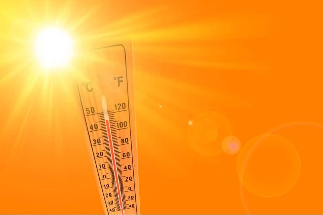 Thermomètre indiquant de forte chaleur