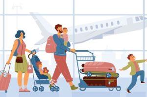 famille dans un aéroport avec leurs 3 enfants et leurs valises sachant où partir en vacances avec un bebe en France